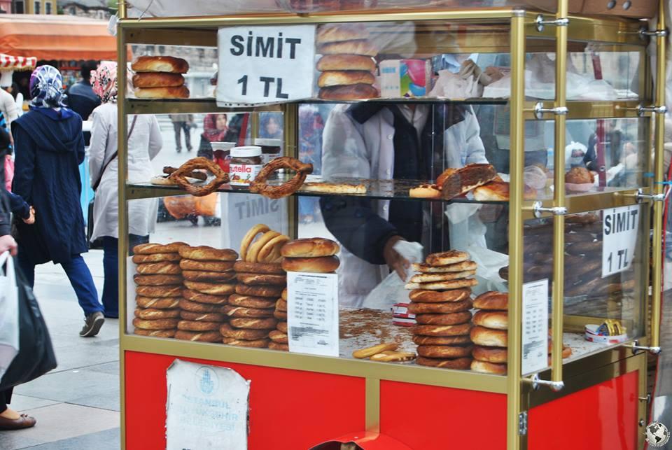 Simit, Estambul