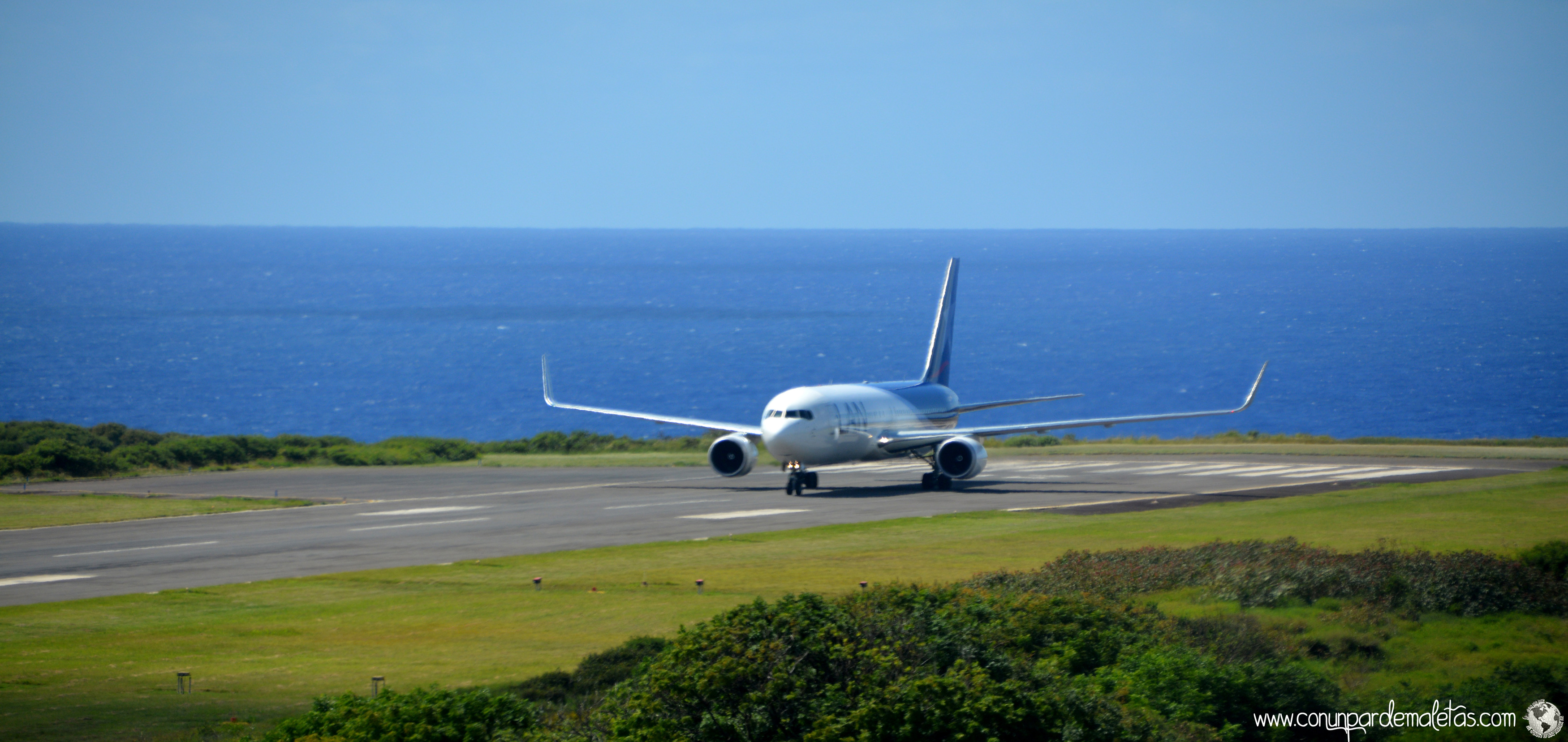 Aeropuerto Mataveri, Isla de Pascua