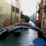 Puente sin barandilla